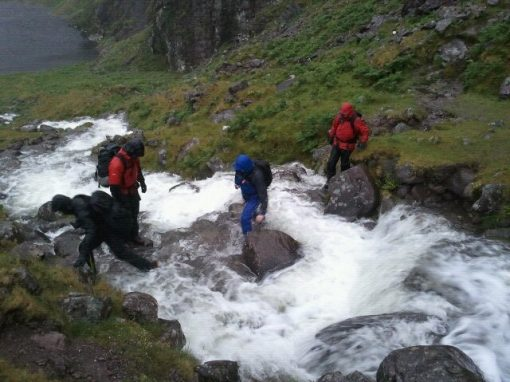 crossing river mountaineering training weekend